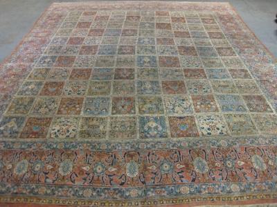 Old Persian Qum 14'10ft x 10'10ft