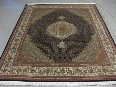 Very-fine-Persian-Mahi-Tabriz-size-2-50m-x-2-02m