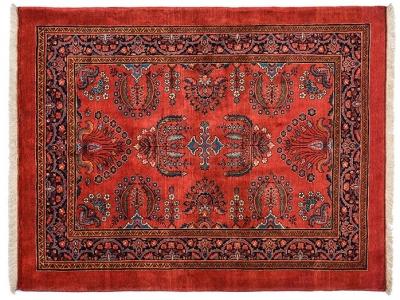 Persian Sarouk rug size 165m x 137m