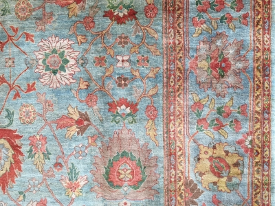 soft subtle colours on this Persian Mahal carpet