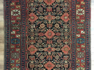 Old Persian Farahan rug size 1.97m x 1.27m