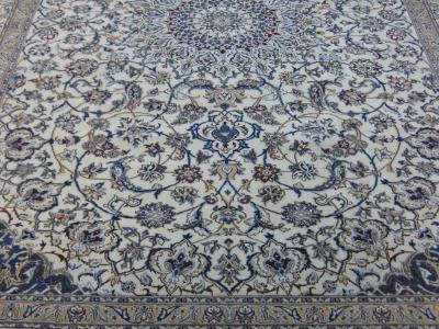 Persian Nain size 3.59m x 2.58m