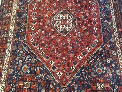 Old Persian Qashqai carpet size 3.00m x 2.28m