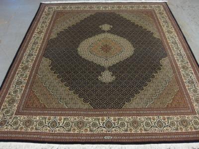 Very fine part silk Persian Tabriz carpet size 2.50m x 2.02m